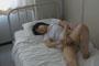 中○生が仮病を使って保健室のベッドでこっそりオナニーしちゃってる映像隠し撮り13 4